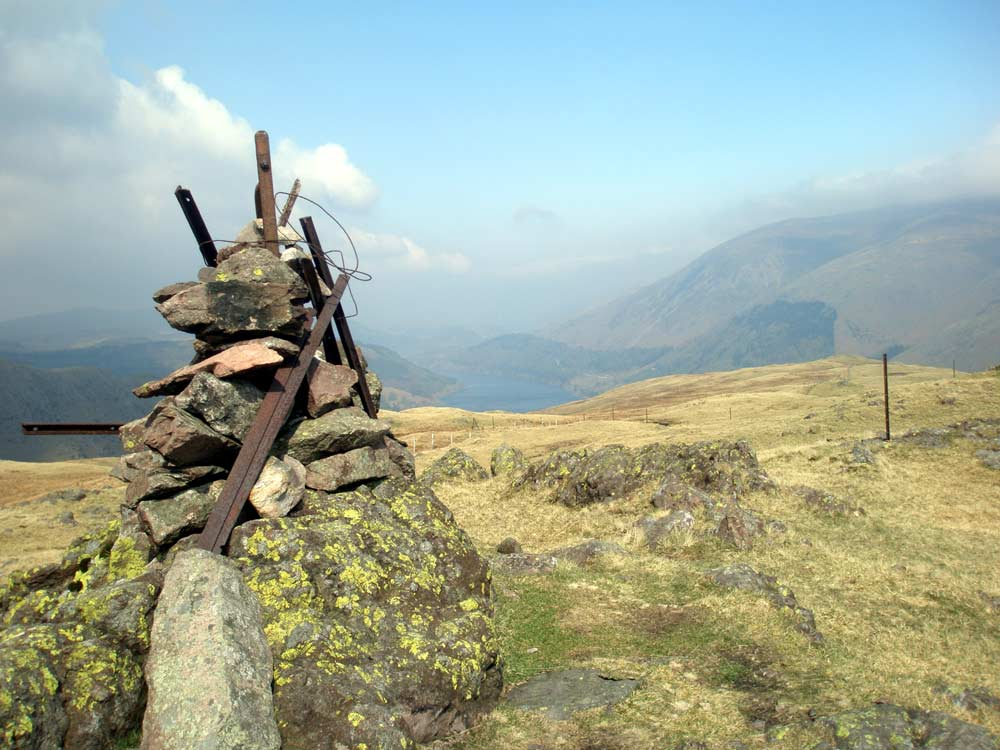 Cairn at eastern end of Steel Fell summit looking towards Thirlmere