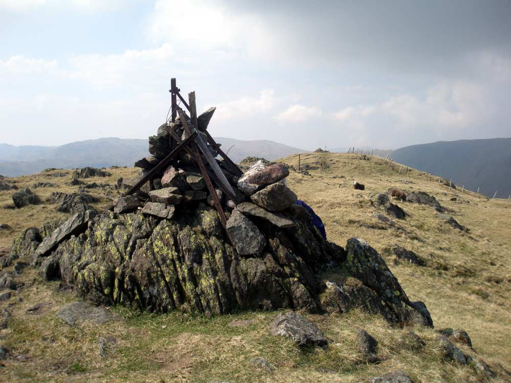 Cairn at eastern end of Steel Fell summit