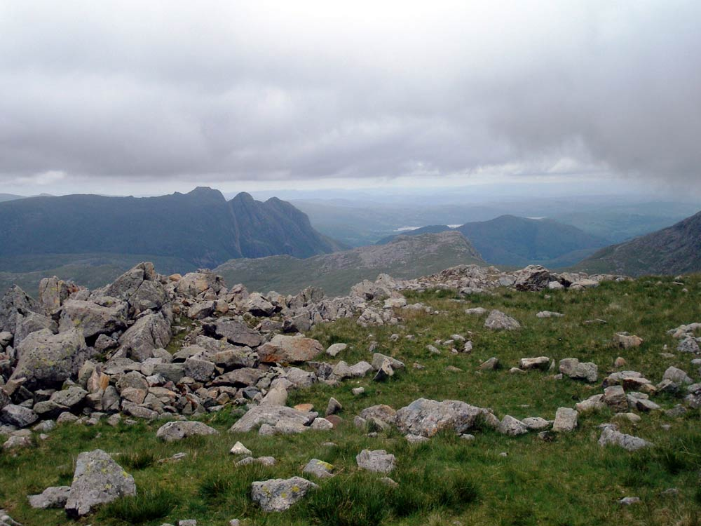 Langdale Pikes from near the shelter below Esk Hause