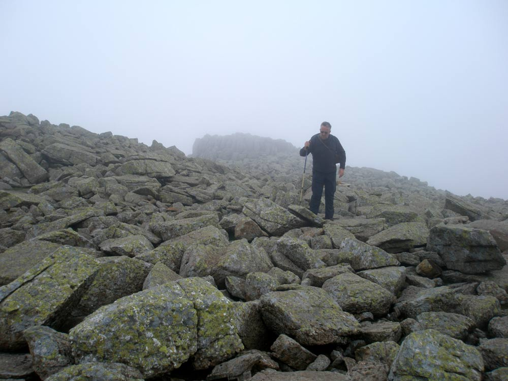 Boulders and cloud towards Scafell Pike